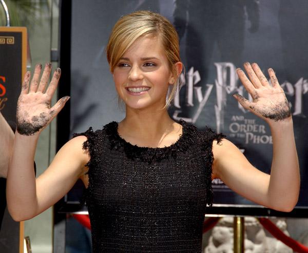 Emma Watson Manos Sucias