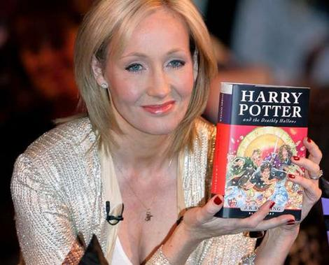 BlogHogwarts - JK Rowling y 'Harry Potter and the Deathly Hallows'