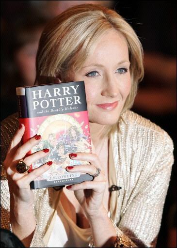 BlogHogwarts - JK Rowling revela nuevos datos de Harry Potter