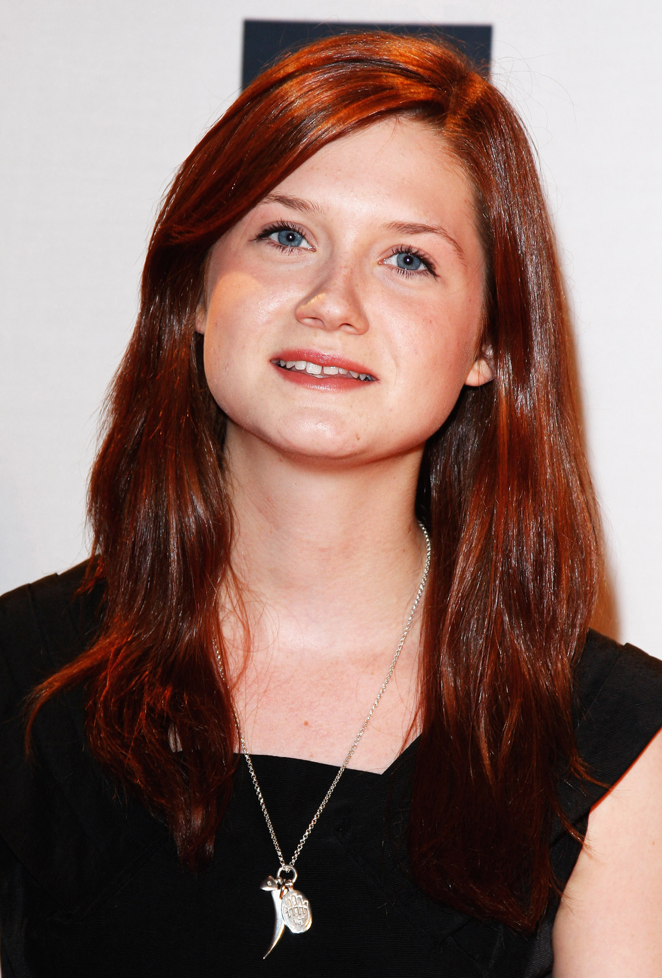 Bonnie Wright attends the Nickelodeon Kids' Choice Awards UK 200