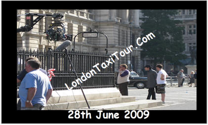 londontaxitour_com-harry-potter-tours-whitehall-film-locations-_entrance-to_ministry-of-magic