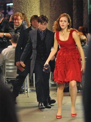 harry_potter_deathly_hallows_filming_london_streets_300x400