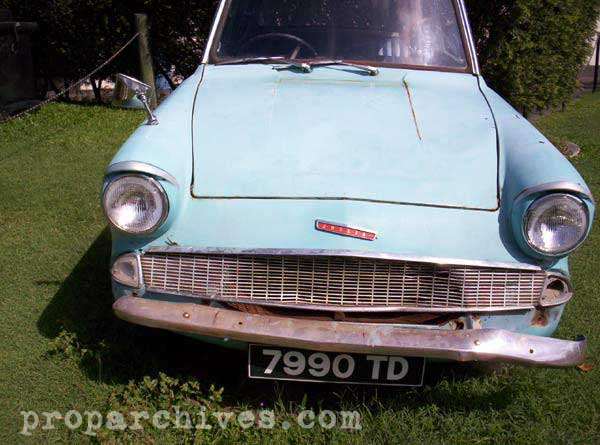 Harry Potter Ford Anglia 01