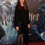 bonnie wright en la premiere de harry potter