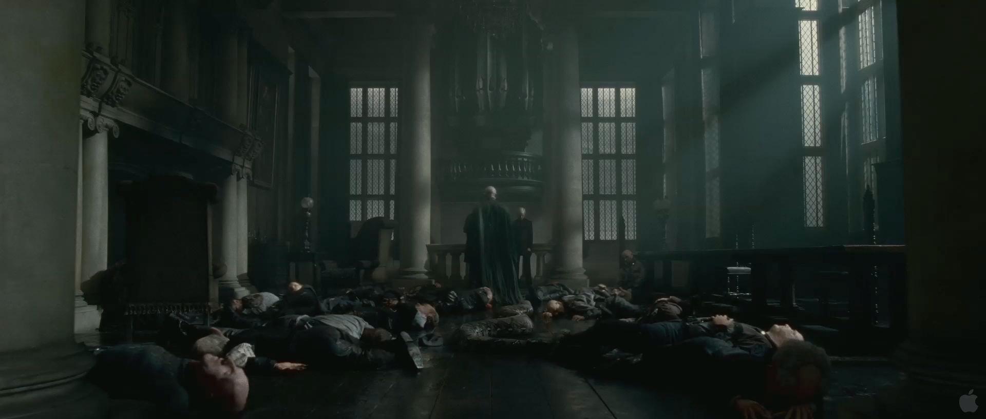 Harry Potter BlogHogwarts HP7 2 Trailer 16