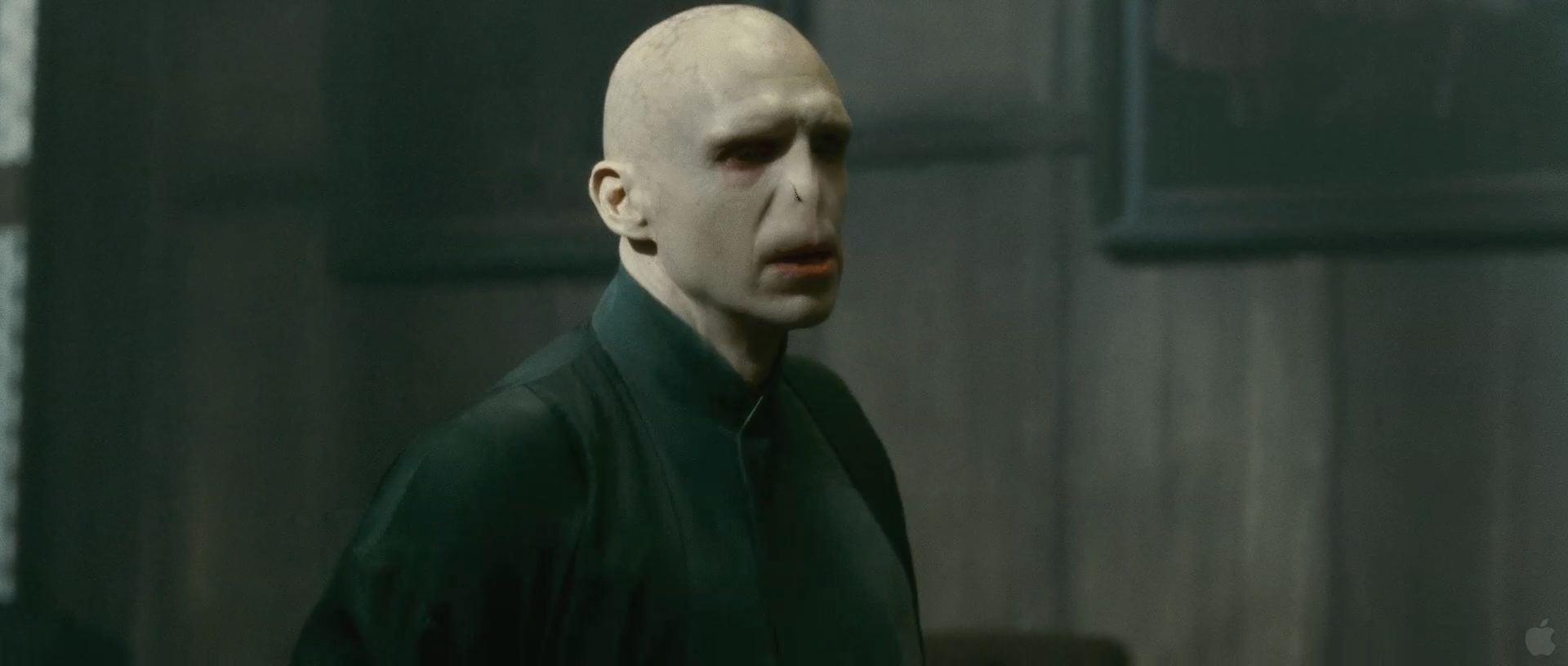 Harry Potter BlogHogwarts HP7 2 Trailer 18