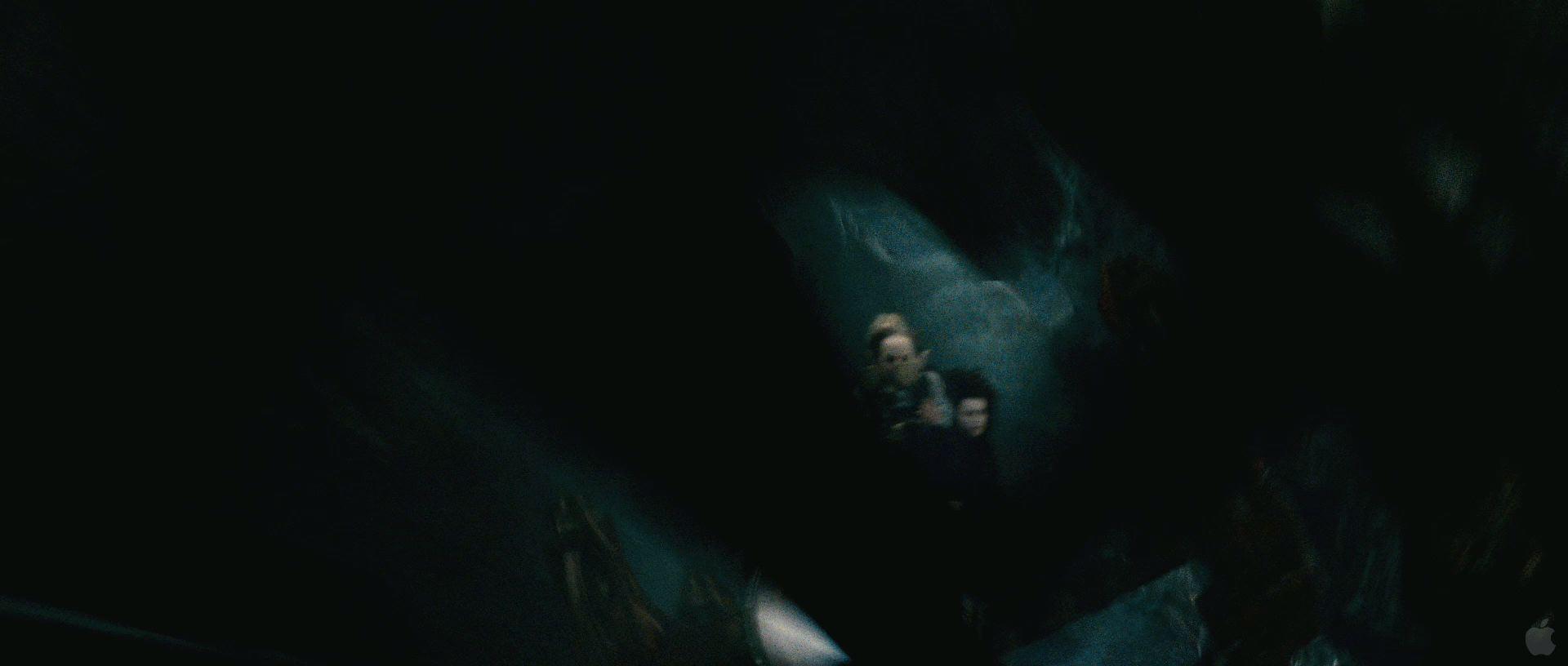Harry Potter BlogHogwarts HP7 2 Trailer 21
