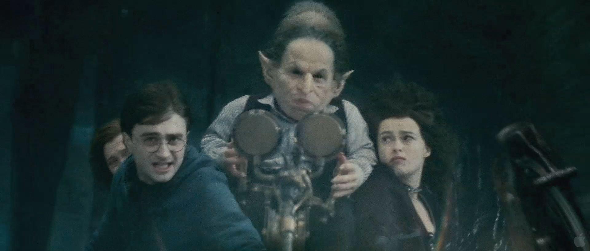 Harry Potter BlogHogwarts HP7 2 Trailer 23