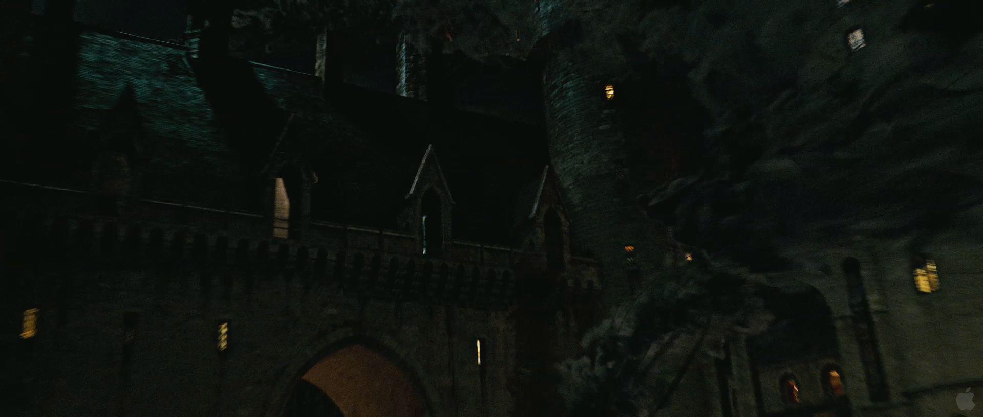 Harry Potter BlogHogwarts HP7 2 Trailer 33