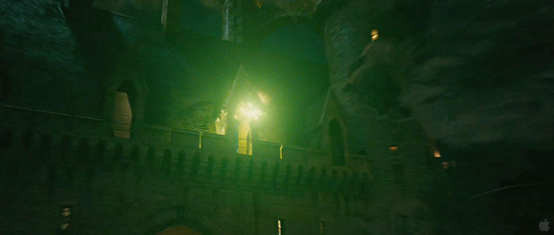 Harry Potter BlogHogwarts HP7 2 Trailer 34
