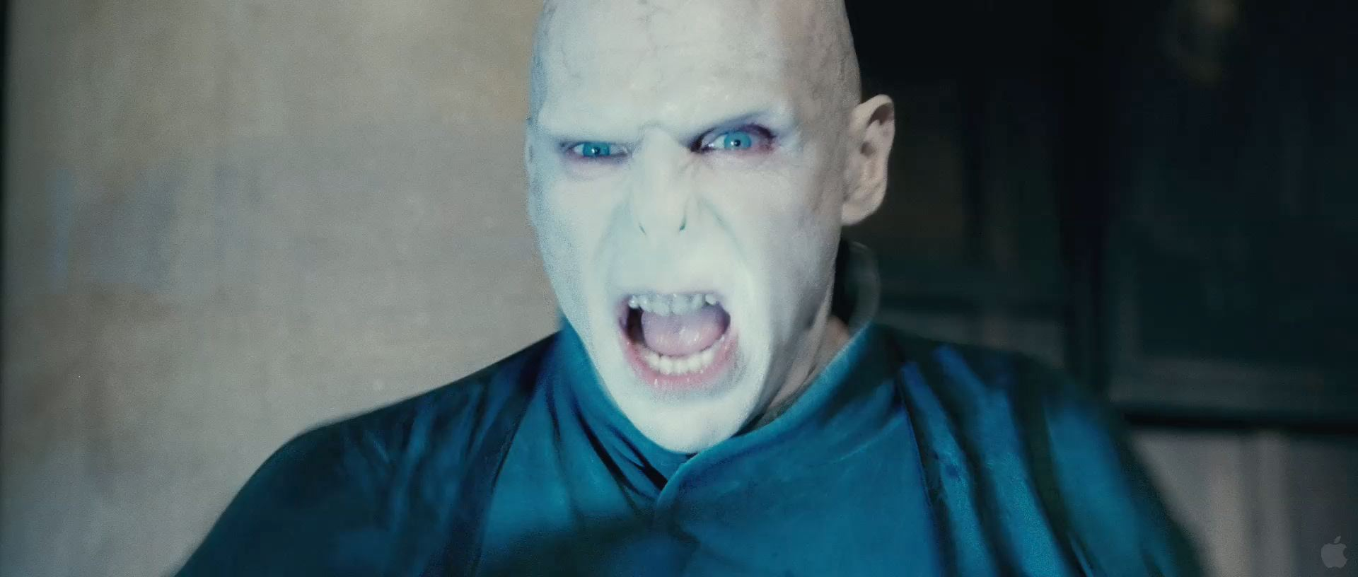 Harry Potter BlogHogwarts HP7 2 Trailer 37