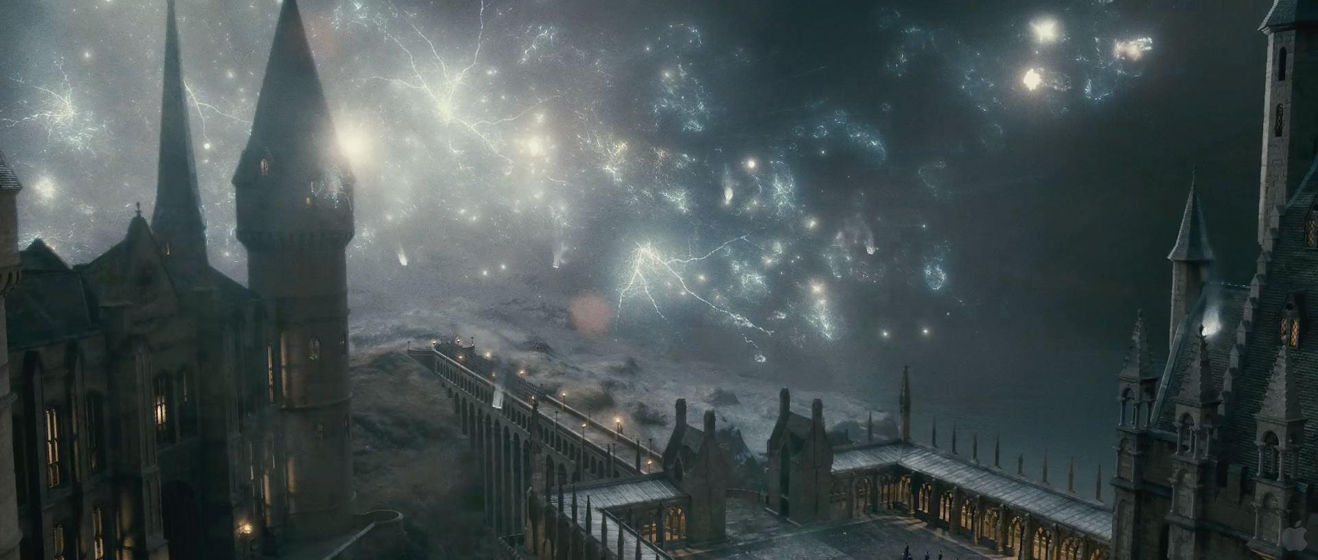Harry Potter BlogHogwarts HP7 2 Trailer 40