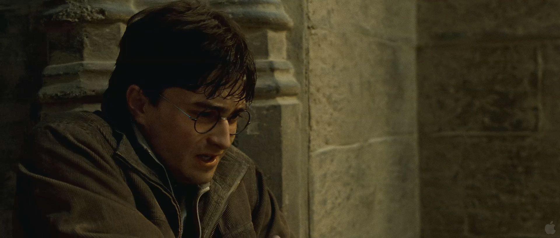 Harry Potter BlogHogwarts HP7 2 Trailer 45