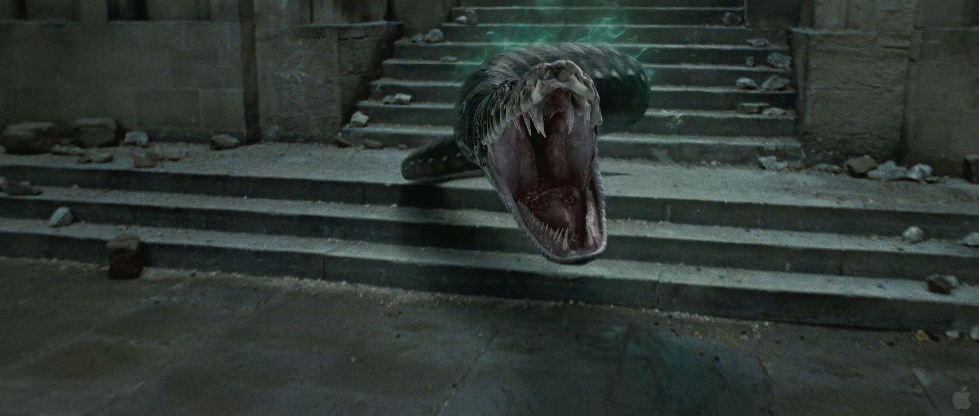 Harry Potter BlogHogwarts HP7 2 Trailer 46