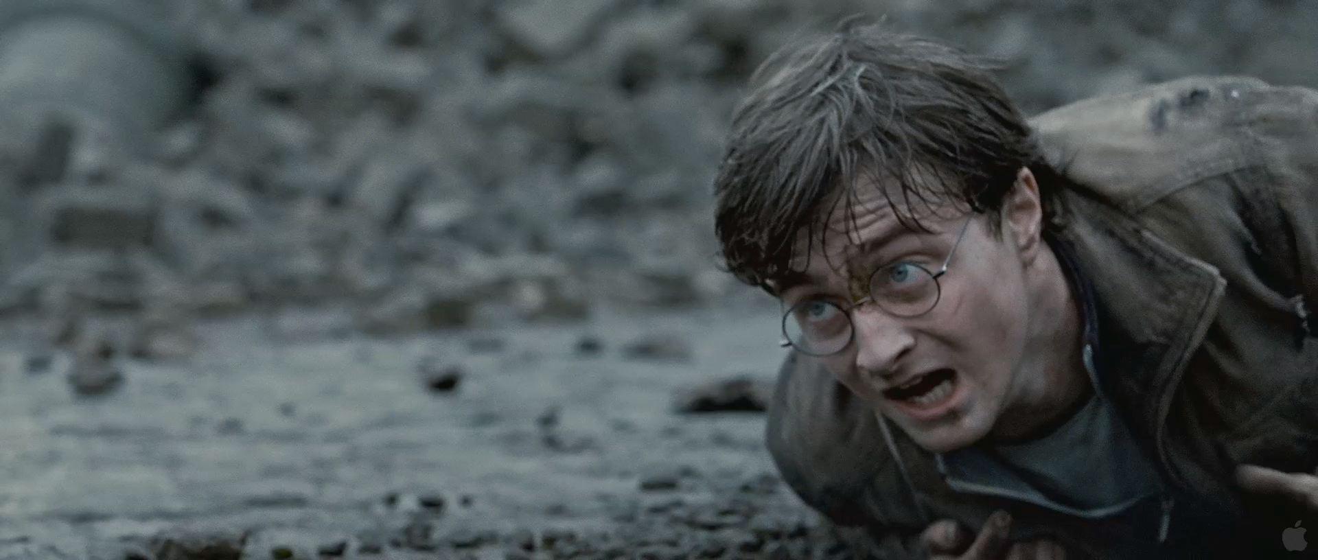 Harry Potter BlogHogwarts HP7 2 Trailer 49