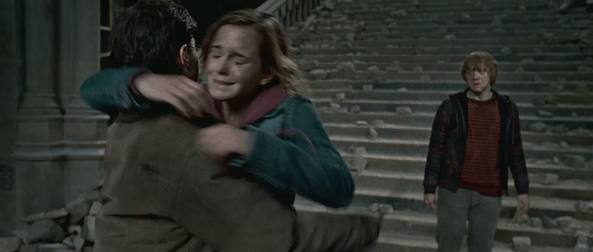 Harry Potter BlogHogwarts HP7 2 Trailer 51