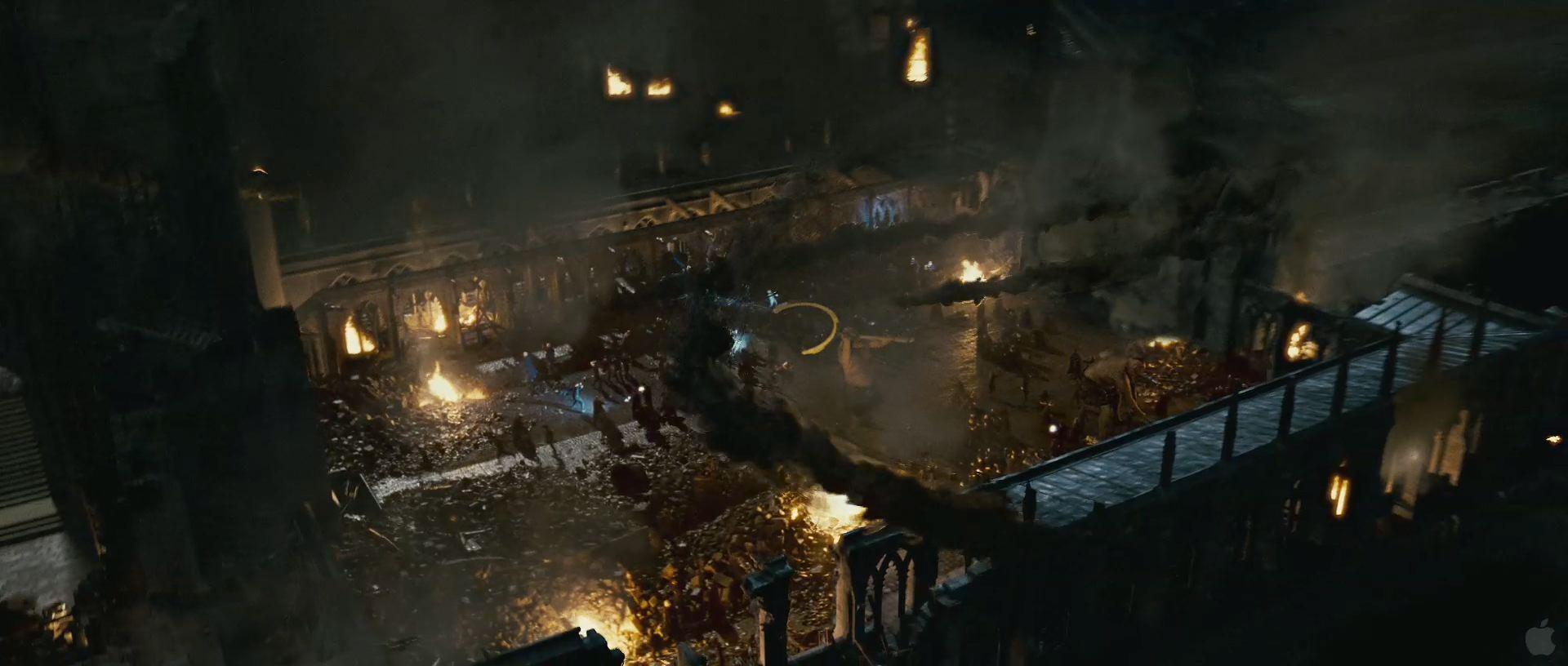 Harry Potter BlogHogwarts HP7 2 Trailer 69