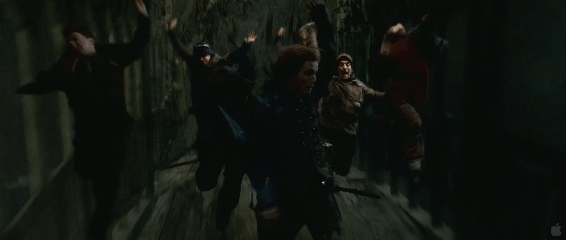 Harry Potter BlogHogwarts HP7 2 Trailer 73