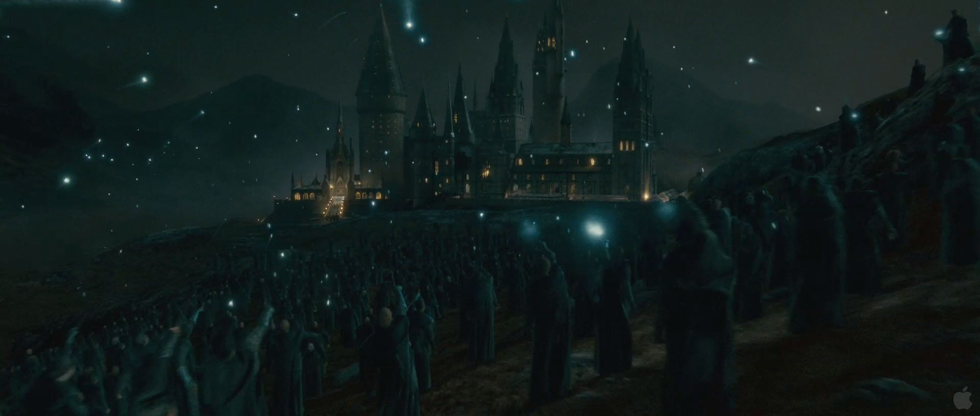 Harry Potter BlogHogwarts HP7 2 Trailer 88