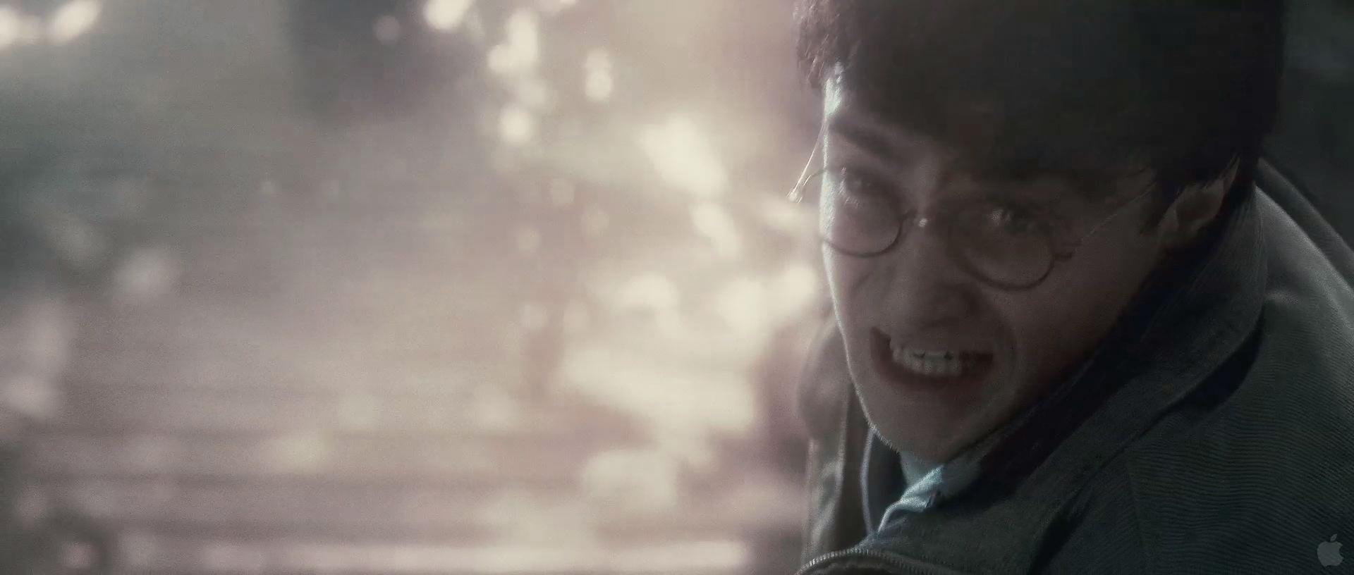 Harry Potter BlogHogwarts HP7 2 Trailer 92